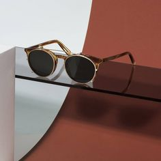 Round Sunglasses Clip-On in Gold Ace & Tate