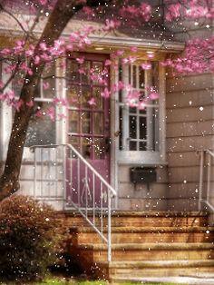 pink-tree-house
