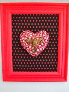 quadro+tecido+almofadinha com o espírito santo = quadrinho inspirado no blog Casa de Colorir