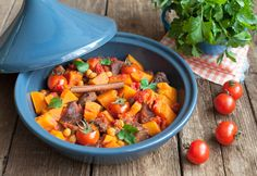Beef and Butternut Tagine - The Keto Diet Recipe Cafe Moroccan Beef Stew, Beef Tagine, Pork Hock, How To Cook Beef, Keto Crockpot Recipes, Smoked Pork, Pot Roast, Foodies, Stuffed Peppers