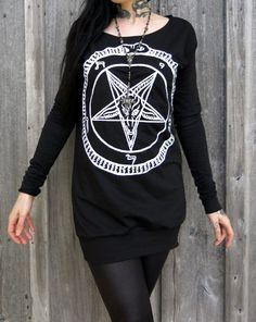 Girls pentagram long sleeve tunic. Made from scratch with black cotton blend knit. Front print in white with loose body and slouch sleeves, fitted