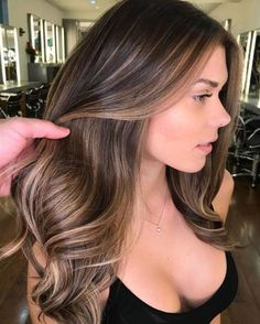 62 Brilliant Brunette Balayage Hair Color Trends for 2018 - . - 62 Brilliant Brunette Balayage Hair Color Trends for 2018 – - Hair Color Highlights, Ombre Hair Color, Hair Color Balayage, Cool Hair Color, Brunette Color, Medium Brown Hair With Highlights, Brunette Blonde Highlights, Brunette Highlights Summer, Ash Brunette