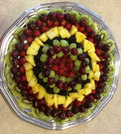 New fruit plate christmas Ideas Salads For Kids, Smoothies For Kids, Fruit Smoothies, Fruit Diet, New Fruit, Fruit Snacks, Fruit Kabobs Kids, Fruit Pizza Frosting, Fruit Packaging