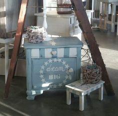 Ebenfalls neu:  bezaubernde Kleinmöbel von der 2teFrühling!