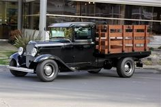 1932 Ford Stake Bed Truck