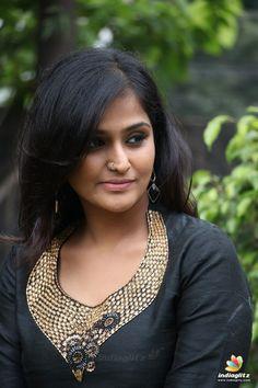 Hot Images Of Actress, Tamil Actress Photos, Indian Long Hair Braid, Braids For Long Hair, Beautiful Girl Indian, Beautiful Gorgeous, Beauty Full Girl, Beauty Women, India Beauty