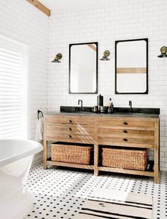 Gorgeous black and white vintage rustic bathroom