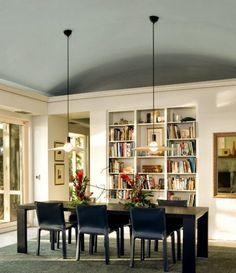 Aposte em tetos coloridos para criar espaços modernos