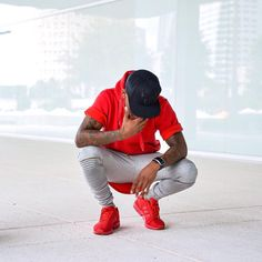Dope Fashion, Urban Fashion, Mens Fashion, Cool Outfits, Casual Outfits, Men Casual, Black Man Photos, Red Sneakers Outfit, Dark Skin Men