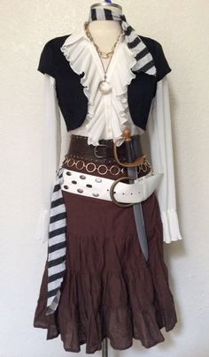Adult Women's Pirate Halloween Costume by PassionFlowerVintage