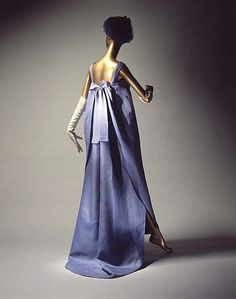 Dress, Evening  House of Balenciaga  (French, founded 1937)  Designer: Cristobal Balenciaga (Spanish, 1895–1972) Date: 1964 Culture: French Medium: silk