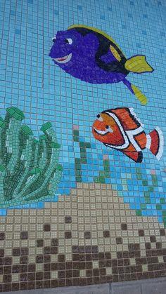 Mosaico artístico para piscinas, painéis, mural, parede, em pastilhas de vidro.  Prontos para serem instalados, são enviados ao cliente divididos e marcados numericamente (como um quebra cabeça numerado na ordem exata).  Traga sua idéia ou seu projeto pronto sem compromisso para um orçamento com ...