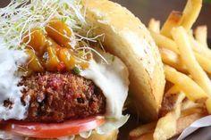 Le burger de quinoa, une révolution culinaire de plus dans l'univers du burger ? C'est bien ce que l'on pense à Frigo Magic !