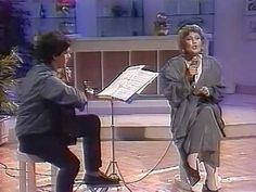 Dimitriadi & Grigoreas play Hadjidakis - MIRIZEI O KOSMOS GIASEMI [Μυρίζ...