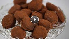 *****Slagroomtruffels - recept   24Kitchen - Erg lekker, maar het in chocolade dompelen van de bevroren slagroom is erg lastig, het werd bij mij een behoorlijke janboel, maar desalniettemin was het erg lekker!