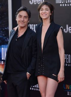 Charlotte Gainsbourg et Yvan Attal sont en couple depuis 1991 Charlotte Gainsbourg, Jane Birkin, Total Recall, Lou Doillon, Louise Brooks, Famous Couples, French Actress, Beautiful Actresses, Style Icons