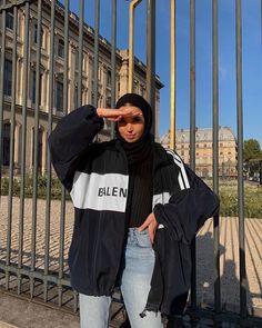Muslim Fashion 763993524273094295 - Source by savagebarbzz Hijab Casual, Modest Fashion Hijab, Modern Hijab Fashion, Street Hijab Fashion, Hijab Fashion Inspiration, Muslim Fashion, Look Fashion, Modesty Fashion, Arab Fashion