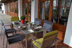 Mira Carina Edelstahl Gartenmöbel Carina, Outdoor Furniture Sets, Outdoor Decor, Table, Home Decor, Luxury, Stainless Steel, Decoration Home, Room Decor