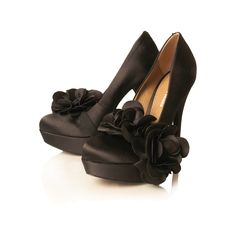 Miss KG... some on tagged these miss kg... they were right! I would live in these!!! Love