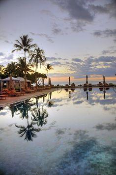 Kailua Kona is a small town on the Leeward side of the big island of #Hawaii. #beach #resorts