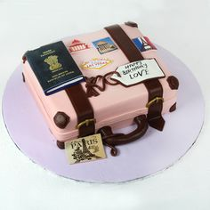 30th Birthday Cake For Women, Elegant Birthday Cakes, Birthday Cake Girls, Beautiful Cakes, Amazing Cakes, Nutella Birthday Cake, Bon Voyage Cake, Farewell Cake, Suitcase Cake