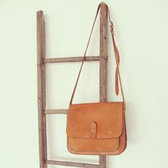 Vintage Handbags – Vintage Ledertasche Handtasche – a unique product by LeFlair on DaWanda