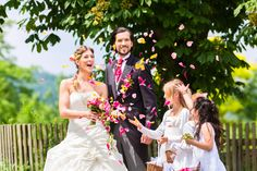 Daha organize bir düğün için, organizasyon firmaları ustasiburada.com'da toplandı.