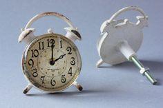1 large door knob alarm clock shabby drawer pull by wohnraumformer