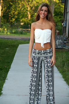 This site has so many cute things! Black and White Aztec Yoga Pants - $30 thepaisleyrooster.com