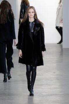 Coleção // Calvin Klein, Nova York, Inverno 2016 RTW // Foto 29 // Desfiles // FFW