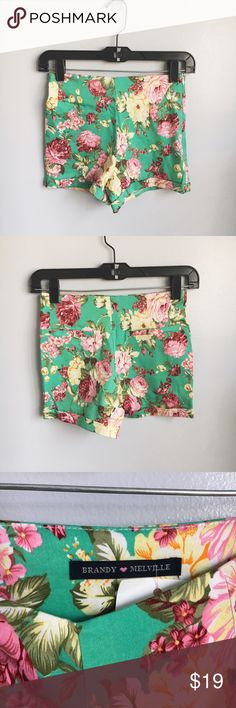 brandy melville bruna floral shorts it has a zipper and is stretchy ! new with tags ! color is a teal/turquoise & has flowers Shorts