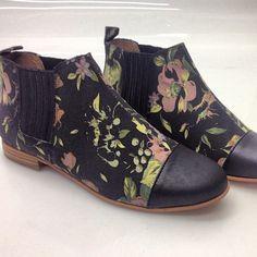 lulusdotcom:  Floral captoe chelsea boot? Love. (Taken with Instagram at Lulu's)