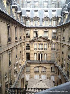 Visite de l'hôtel de Crillon : vente aux enchères avant travaux - Le blog de Lili