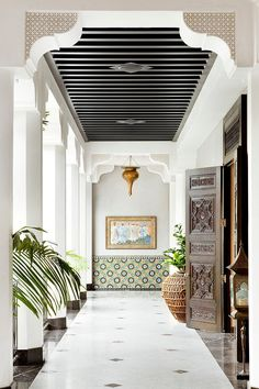 Casbah Cove is a lovely Moroccan style riad located on a hill in Palm Desert, about 2 hours outside of Los Angeles. Intricately designed by Gordon Stein Designs, craftsman from Morocco spent months constructing the estate.