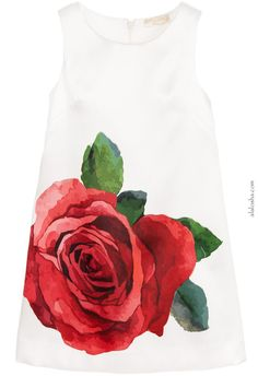 ALALOSHA: VOGUE ENFANTS: Must Have of the Day: In Bloom with Monnalisa from head-to-toe roses looks