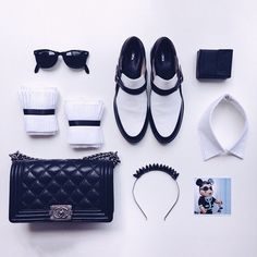 """""""Packing for #mbfwa : monochromatic accessories  (tap for details)"""" Photo taken by @brigadeirochoc on Instagram, pinned via the InstaPin iOS App! http://www.instapinapp.com (04/09/2015)"""