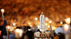 Attending the #candle #procession in #Fatima is living a moment of great faith and hope and you may do so beyond the 13th of May and October, throughout the year, especially in the summer where it happens daily. #CandleProcession #fatima #portugal  #FatimaPortugal #FatimaSanctuary #FatimaSantuario #FatimaSanctuaire #faith #OurLadyOfFatima #Travel  www.hoteldg.com