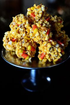 """Another delicious recipe from Ree, the Pioneer Woman! // """"Popcorn Balls"""" 