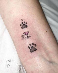 Cat Paw Tattoos, Cute Cat Tattoo, Mini Tattoos, Finger Tattoos, Cute Tattoos, Body Art Tattoos, Small Tattoos, Tattoos For Women Cat, Finger Tattoo For Women