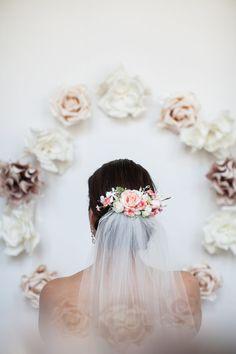 Свадьба - flower comb- blush bridal headpiece- flower crown- back comb flow Blush Bridal, Bridal Comb, Bridal Hair Pins, Bridal Headdress, Flower Headpiece, Bridal Headpieces, Bridal Flowers, Flowers In Hair, Crown Hairstyles