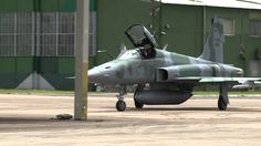 Combate entre aviões de caça da FAB e US NAVY