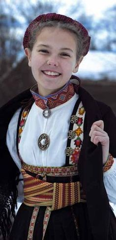 Beltestakk from Telemark Folklore, Folk Clothing, Dope Fashion, Folk Costume, People Of The World, World Cultures, Traditional Dresses, Beautiful People, Village Girl