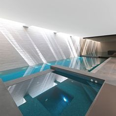 Luxury West London House with a stunning pool by SHH