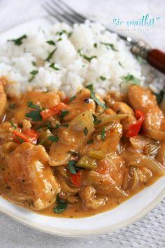 Thai Red Curry, Chicken, Ethnic Recipes, Food, Drinks, Diet, Drinking, Beverages, Essen