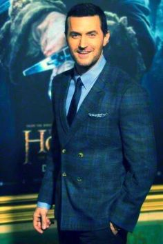 @TheHobbitMovie @wbpictures #OneLastTime thanks to all the fans for coming to the LA premier.