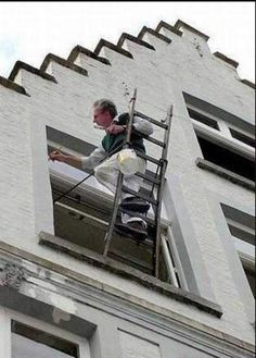 Safety First Crazy Pictures : Funny, Strange Construction Fails, Construction Safety, Construction Worker, Safety Pictures, Weird Pictures, Art Pictures, Safety Fail, Weird Inventions, Stairs