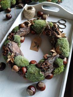 Christmas Time, Christmas Wreaths, Fall Decor, Holiday Decor, Kitsch, Diy And Crafts, Halloween, Handmade, Inspiration