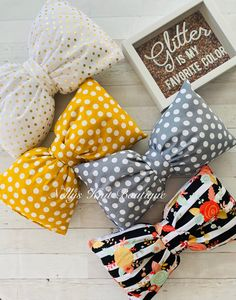 Decorative lumbar Bow Pillows by NellysKnitBoutique on Etsy Bow Pillows, Small Pillows, Knitted Coffee Sleeve, Strawberry Baby, Cable Knit Hat, Fingerless Mittens, Fur Pom Pom, Baby Hats, One Color