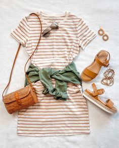 Spring Outfit Women, Spring Summer Fashion, Spring Style, Winter Fashion, Spring Dresses Casual, Casual Summer Outfits, Outfit Summer, Dress Summer, Dress Casual