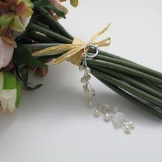 Bridal wedding bouquet charm - classic pearls.